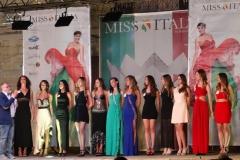 miss_italia-test_drive_ferrari-006